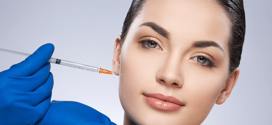 Palisades Vein Center- woman receiving dermal fillers in her face